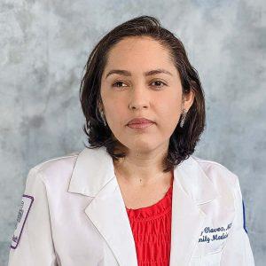 Nancy Chavez, Residente-4
